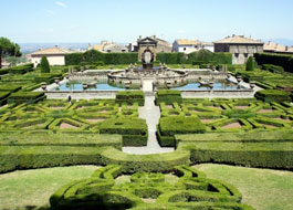 Admire the world's most beautiful gardens
